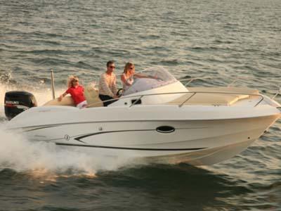 Location bateau  Flyer 750 Sun Deck