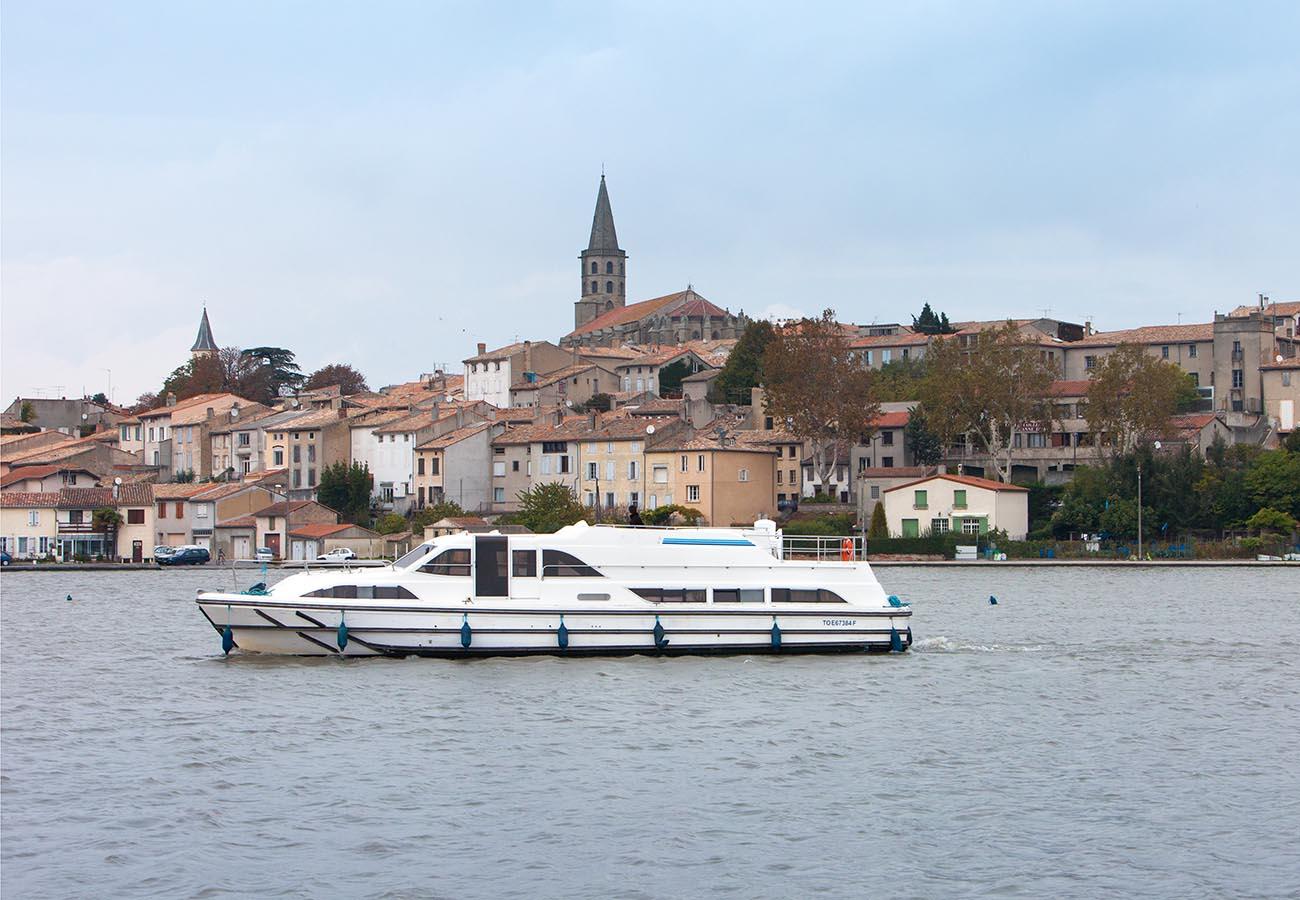 location bateau Grand Classique