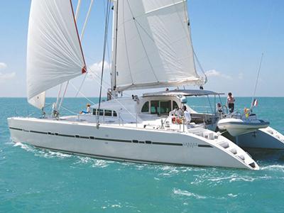 location bateau Lagoon 570
