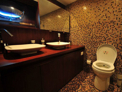 interno M/S Casa Dell Arte II