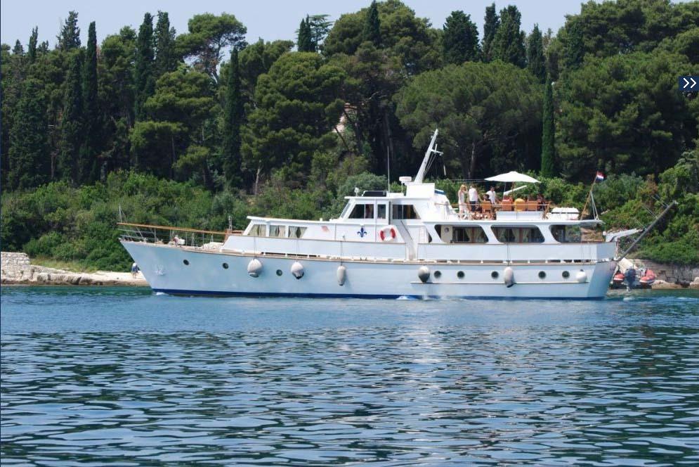 location bateau Cadabra