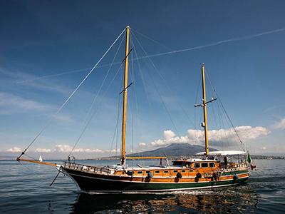 location bateau Maria Giovanna