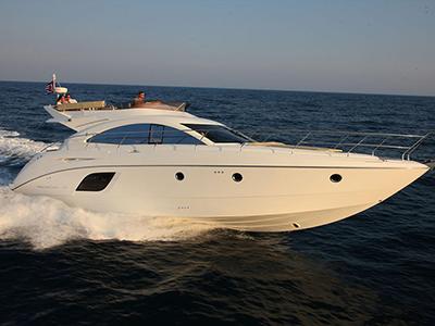 location bateau Monte Carlo 47 Fly