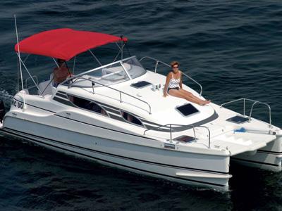location bateau Motorcat MC 30
