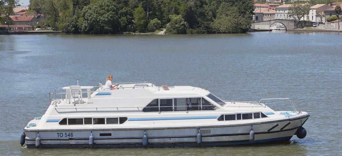 location bateau Nautilia