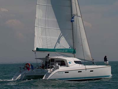 location bateau Nautitech 40