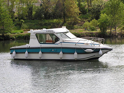 location bateau Sedan 800