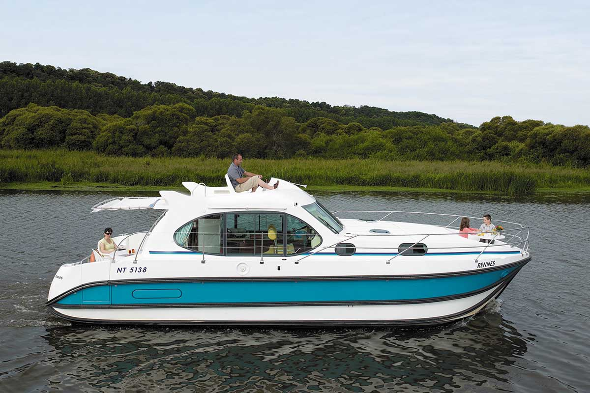 location bateau Nicols Quattro