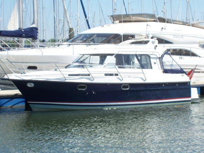 location bateau Nimbus 320