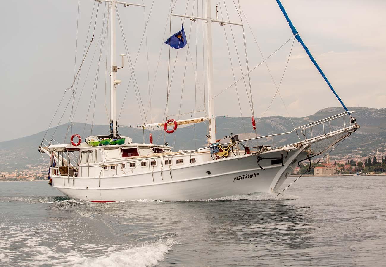 location bateau Nostalgija