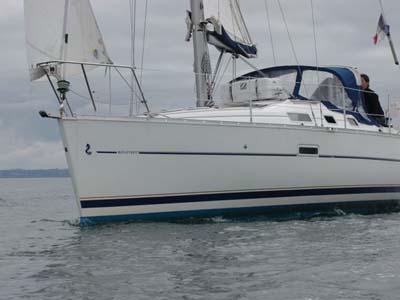 location bateau Oceanis 323