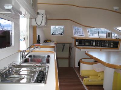 intérieur Outremer 55
