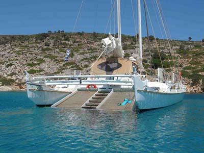 location bateau Pahi 53
