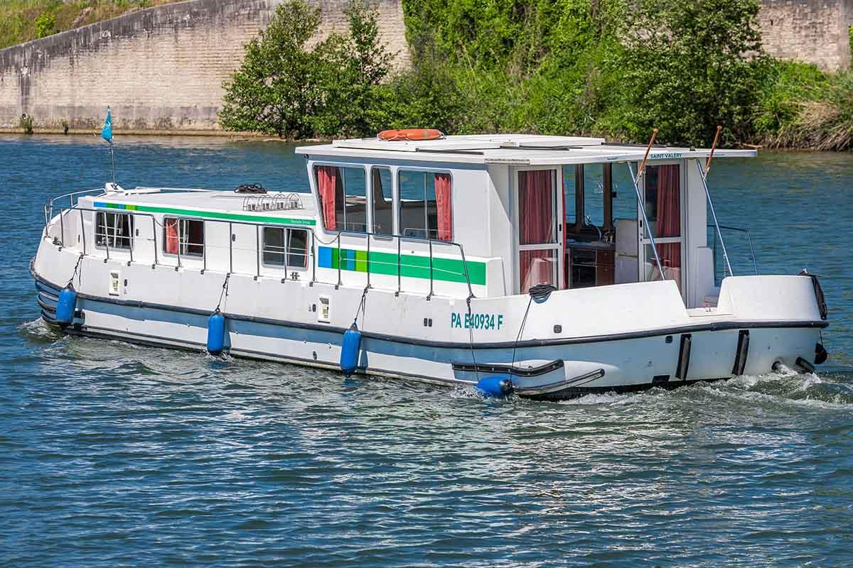 location bateau Penichette 1500 R