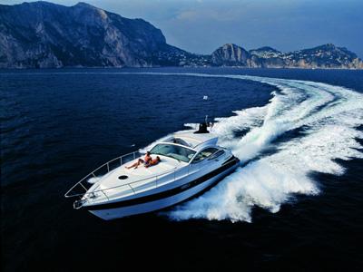 location bateau Pershing 46