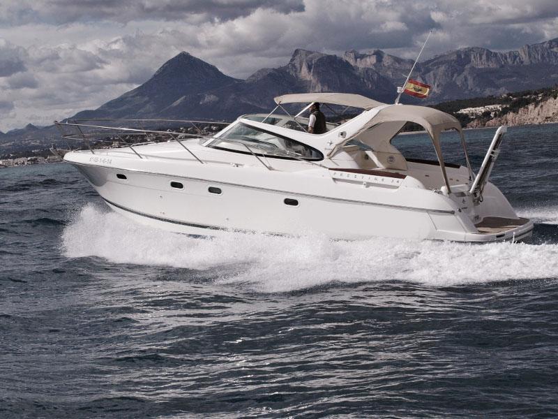 location bateau Prestige 34