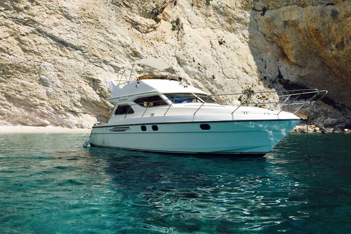 location bateau Princess 360 fly
