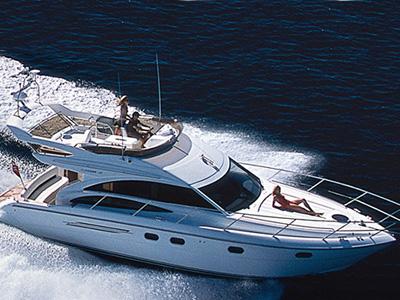 location bateau Princess 42 Fly